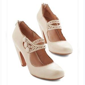 Dance the Day Away Heel in Cream